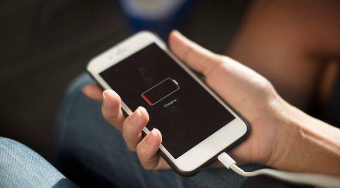 Hình 4: Điện thoại iPhone cạn pin
