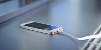 Hình 5: Sạc Iphone không vào pin