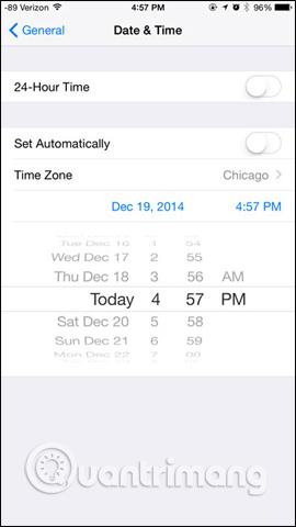 Thiết lập ngày giờ trên iPhone